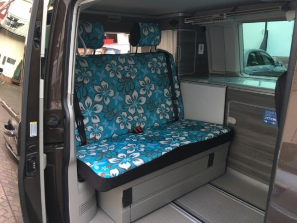 VW T5 / T6 California Rückbankbezug, Tiki Maske grau / blau, inkl. Kopfstützenbezüge